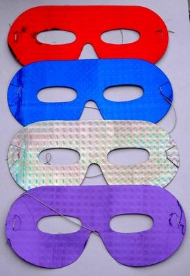 Set van 4 papieren oogmaskers (set 2)