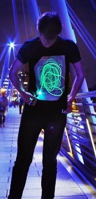 Zwart Shirt met Groene Glow