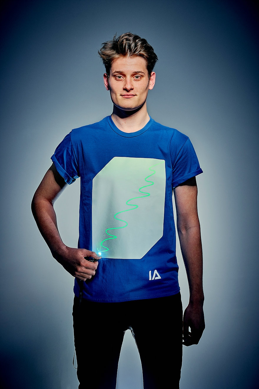 Blauw Shirt met Groene Glow