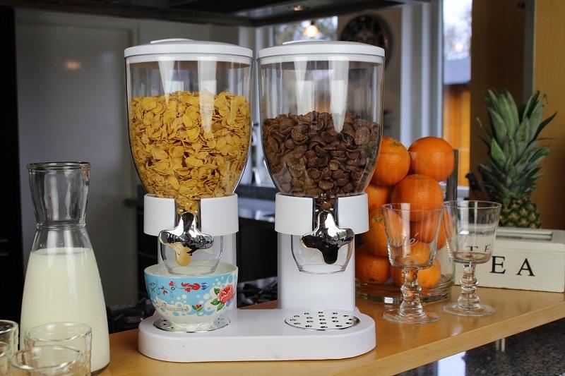 Cornflakes Dispenser Wit