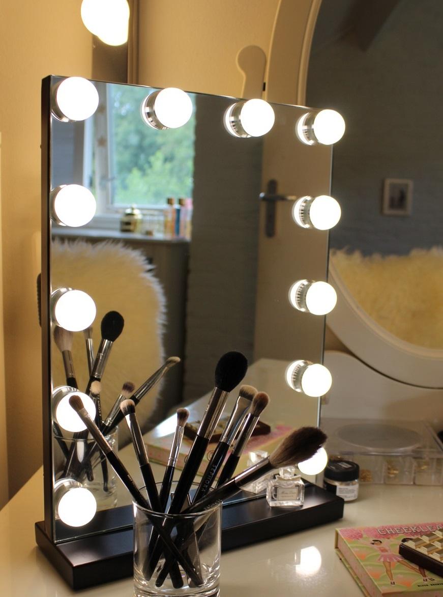 Make-up Spiegel met LED Verlichting – Hollywood stijl
